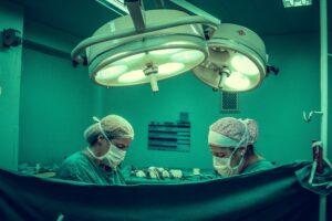 FDA  рассказал о неизвестных параметрах безопасности и эффективности роботизированных хирургических систем